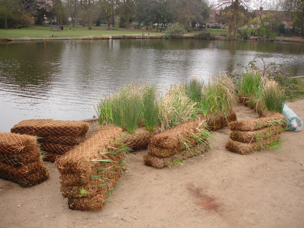 Our erosion blankets can be supplied in long-term or biodegradable varieties.